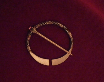 "1 7/8"" Twisted Penannular Brooch d"