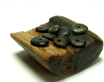 Stone Beads Beach Rocks SEAWEED Center Drilled Jewelry Pebbles Rondelle Black Donuts diy Spacers Rocks Beachstone Wheels