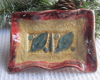Soap Dish Vintage Look Stoneware Pottery