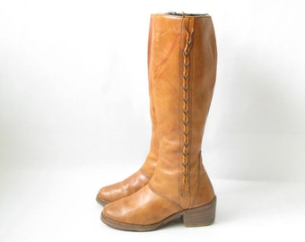 Vintage 70's Tall CAMPUS BOOTS.   Size  7