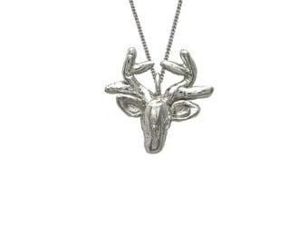 Deer Necklace 3D