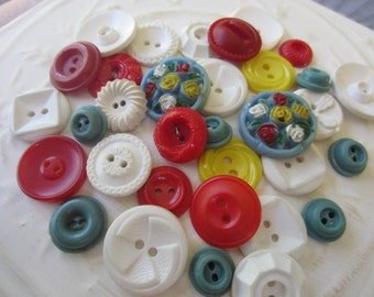 Vintage Buttons - Cottage chic mix of red, white, yellow and blue lot of 32 old and sweet(sept 7b)