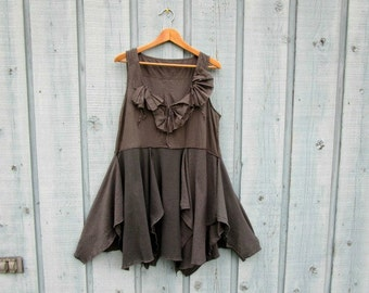 M-L Charcoal Gray Reconstructed Tank Top Tunic// Eco Urban Chic// emmevielle