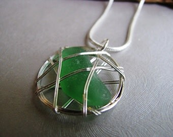 Sea Glass Pendant - Kelly Green - Caged Sea Glass - Beach Glass Jewelry