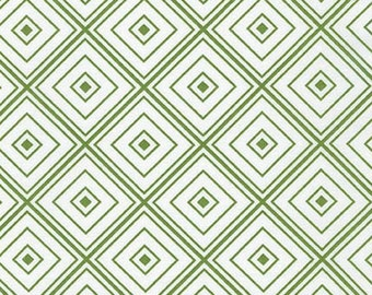Fat Quarter - Metro Living Diamond Robert Kaufman Fabrics SRK-15082-47 Grass Green