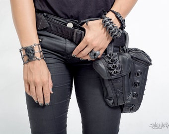 Maniacal Menace Hip Bag - Leather utility belt