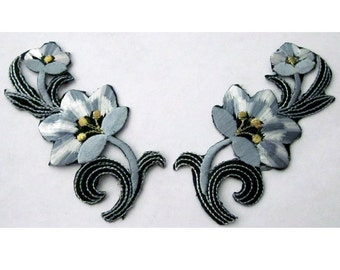 2 Pieces of  Embroidered  Floral  Iron On Patches in Gray Purple Blue Color