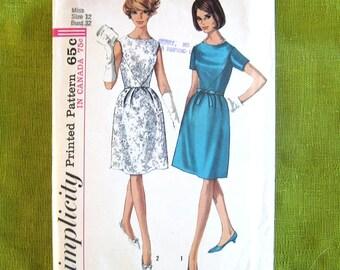 1960s Dress Pattern One Piece Sheath Dress Jackie-O Style Simplicity 6220 / Size 12 UNCUT FF