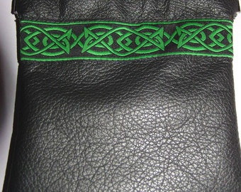 Black LEATHER w/Green Celtic Embroidered Trim Squeeze Coin Pouch