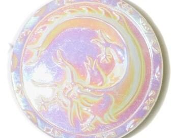 Button - Vintage White Glass Dragon - Medium