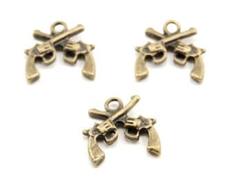 3 Pieces of Double-sided Antiqued Brass Double Pirate Pistol / Gun Charms