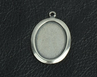 Oval metal bezel setting or stamping area, brass and antiqued sold by 6 each 15274CS