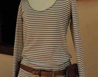 Olive Green & white long hoodie top with thumb holes