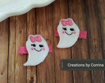 Cute Ghost Hair Clips, Ghost Hair Clips, Felt Hair Clips, Hair Clippies, Halloween Hair Clips, Hair Bows, Barrettes