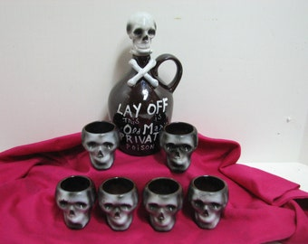 Skull & Cross Bones Decanter Bottle Jug and Shot Glasses Mugs, Vintage Halloween Skeleton Crossbones, Nasco Del Coronado