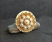 ON SALE Mustard Beadwoven Brass Medallion Necklace - Hammered Brass, Beadwork Pendant, Gold Brass, Cream White, Yellow Patina, Boho Jeweller