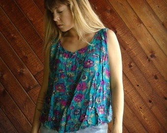 extra 25% off SALE ... Jade Green Pink Floral Printed Swing Tanki Blouse - Vintage 90s - OS OSFM