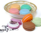 STITCH MARKERS - 18 Bulb Safety Pin Snag Free in a Realistic Plastic Macaroon Box