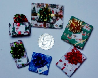 Six Assorted Miniature Christmas Packages set XP125
