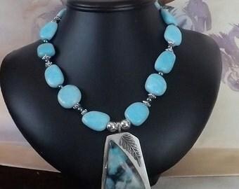 A striking Southwest Turquoise Necklace with s Southwest Pendant