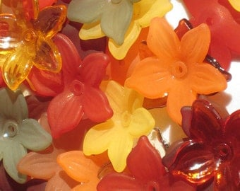 40 Lucite Flower Beads Acrylic Flower Beads Mini Daffodil Autumn Assortment