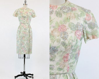 60s Wiggle Dress XS / 1960s Vintage Pastel Floral Lace Dress / Annabell Dress