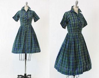 50s Dress Shirtwaist XS / 1950s Dress Moroccan Print Cotton / Blue Bird Dress