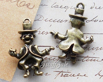 Alice in Wonderland 3D Mad Hatter charms 5 pcs - Antique bronze