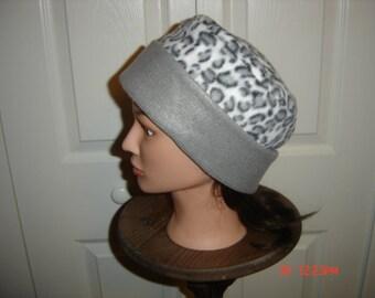 Rolled Brim Animal Print Fleece Hat