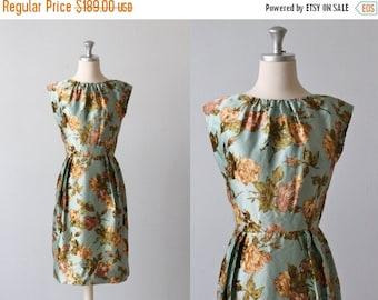 SALE 1960s Dress / Wiggle Dress / Sleeveless / Sheath Dress / Winsome