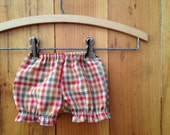 Newborn photo shoot bloomers Baby Girl plaid bloomers Vintage inspired infant home from the hospital outfit