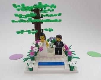 Lego Minifigure Garden Weding Cake Topper - Custom Wedding Lego  Bride & Groom Table Decoration - Lego Wedding Couple