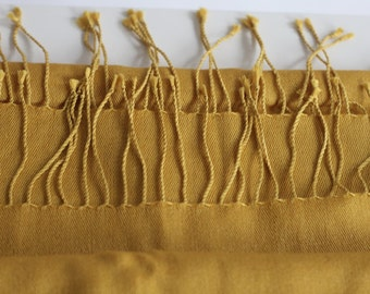 Vintage Pashmina Cashmere Silk Shawl Wrap Scarf From Mongolia Exc Condition in Mustard yellow gold curry