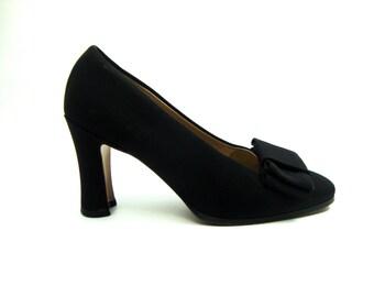 90s van eli pumps / grosgrain / black / bow toes