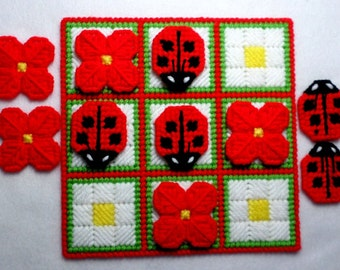 Tic-Tac-Toe Game - Ladybugs in Red