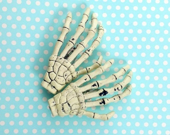 Skeleton Hand Horror Hair Clips Barrettes