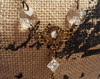 fatdog Necklace - VEN112 Clear Chandelier Crystal with Brass Heart Locket 28 Inch