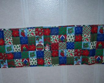 Christmas time Table runner Reversable