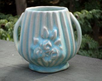 cutest little Nelson McCoy Pottery miniature flower holder mini VASE vertical ribbed embossed flowers