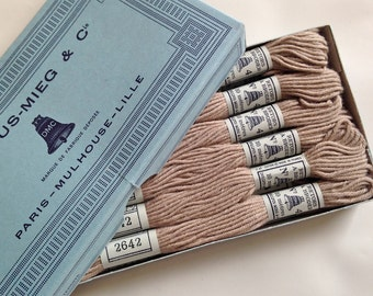 Vintage French Box of Dollfus-Mieg & Co Embroidery Thread - Floss - 12 Skeins - Millinery - Supplies - Needlecraft - Stitchery