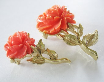 Carved Rose Brooches Vintage Orange Coral Colored Gold Toned Pins Lucite