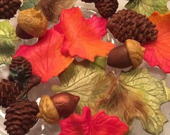 Marzipan-marzipan leaves-marzipan pinecones-marzipan acorns-autumn marzipan-Buche de Noel decorations-CHRISTMAS cupcake decorations