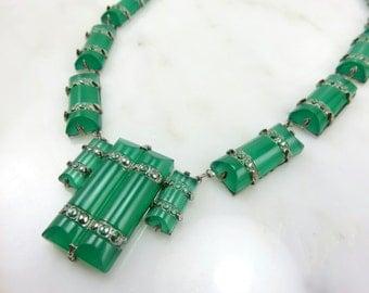 Circa 1930 Art Deco Czech Glass Necklace