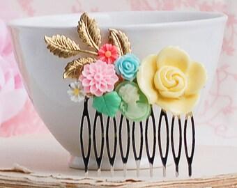 Yellow Pink Aqua Flower Hair Comb Bridesmaid Pastel Gift Hair Accessory Nature Wedding Spring Garden Summer Hair Clip