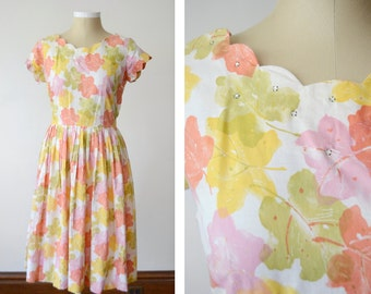 1950s Watercolor Leaf Dress with Scalloped Collar - M/L