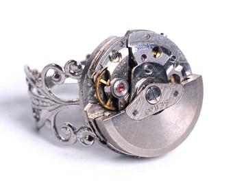 Petite Alinea - Steampunk Vintage Watch Movement Ring