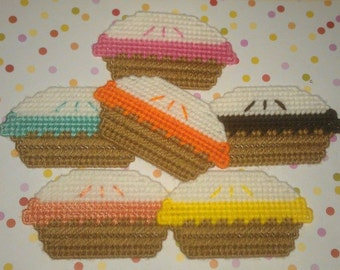 6 Handmade Whole Pie Magnets.....Plastic Canvas