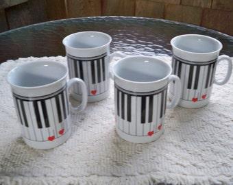 Vintage Home Kitchen Drinkware Four Ceramic Piano Mugs Music Mug Set Epiag Czechoslovakia