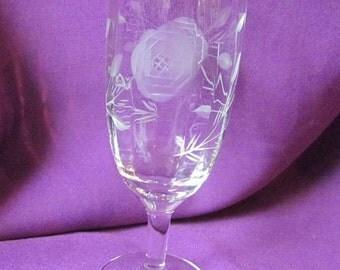 Vintage or Antique Javit Rose Paneled Etched Glasses Lot of 11