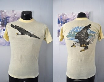 Rare 1981 Bald Eagle Tshirt Super Soft n Thin Nature Near Burnout Nature Vintage Tee Light Yellow Harley Style usa americana MEDIUM